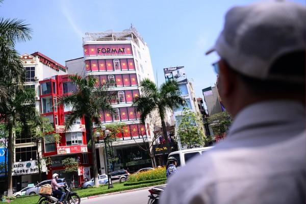 Hà Nội và 2 tòa nhà phủ kín cờ Tổ Quốc-6